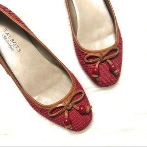 Talbots red/tan beaded bow flats